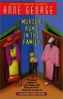 Murder Runs in the Family (Southern Sisters Mystery, #3)