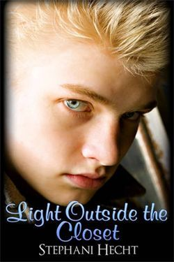 Light Outside the Closet (Haven Coffee House Boys #1)
