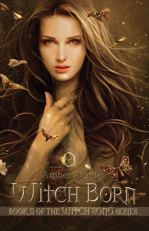 Sue Reviews: Witch Born by Amber Argyle